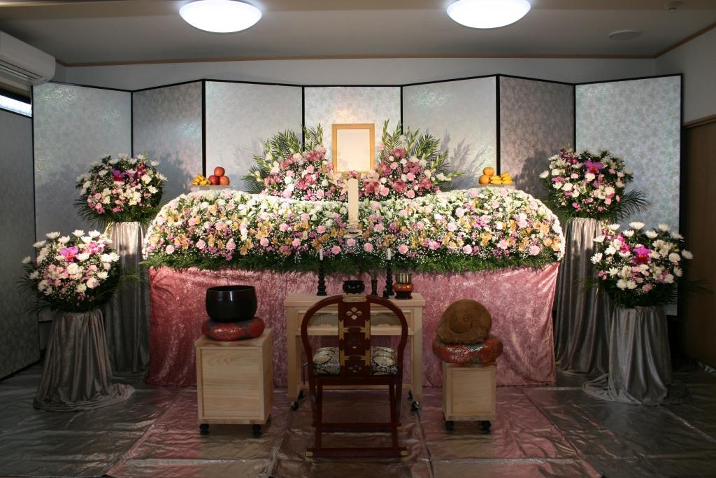 お寺で行う葬儀